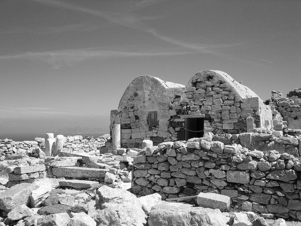 The church of Saint Stefanos at the entrance of the Ancient Thera